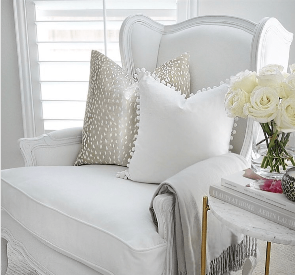 Five on Friday: Patterned Neutral Pillows